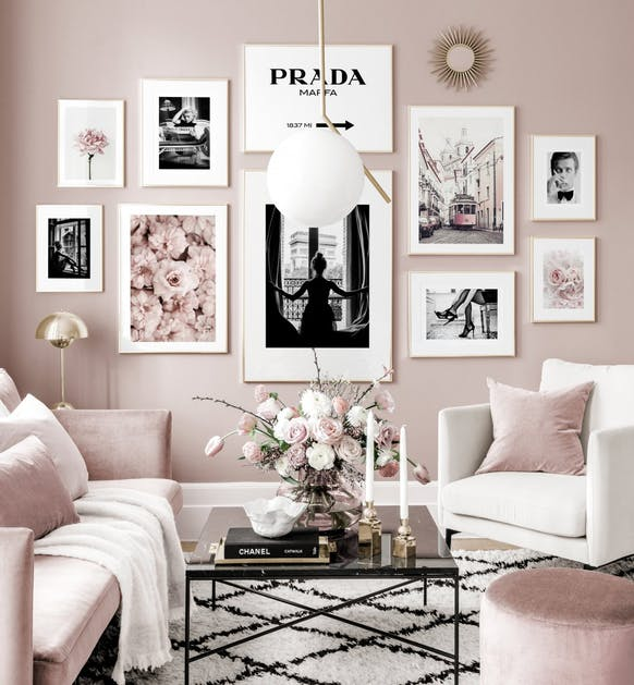 Black White posters flowers pink interior golden frames